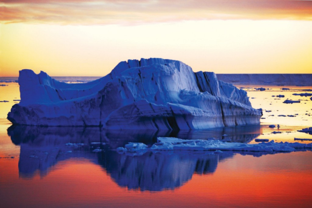 Ultimate Polar: Sunset at the Weddell Sea which was part of Shackleton's voyage