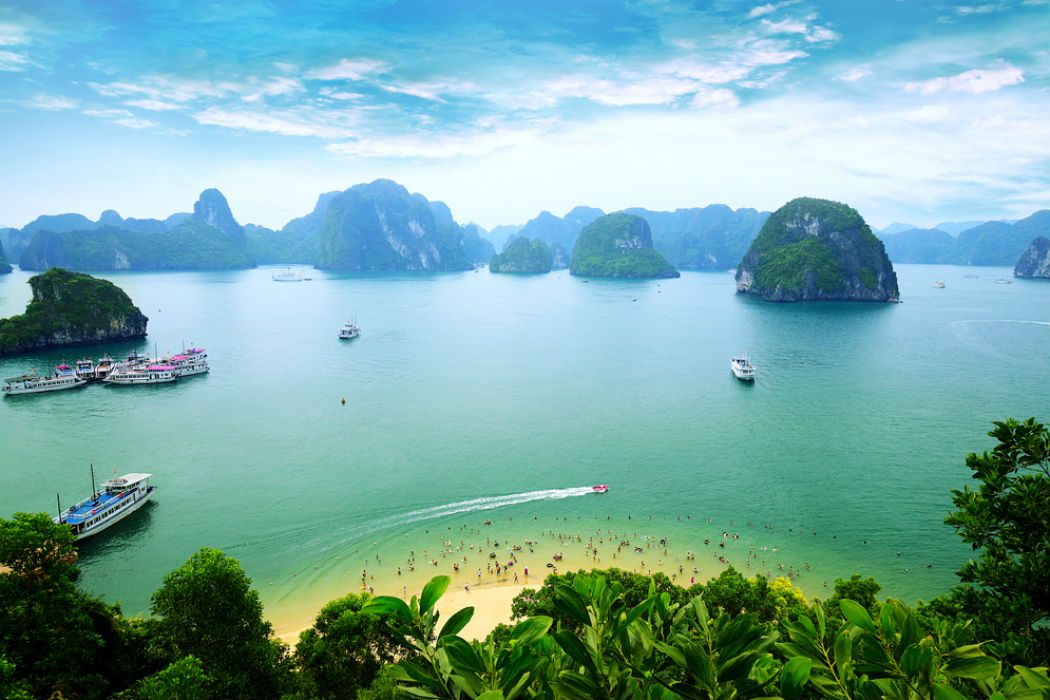 Halong expedition