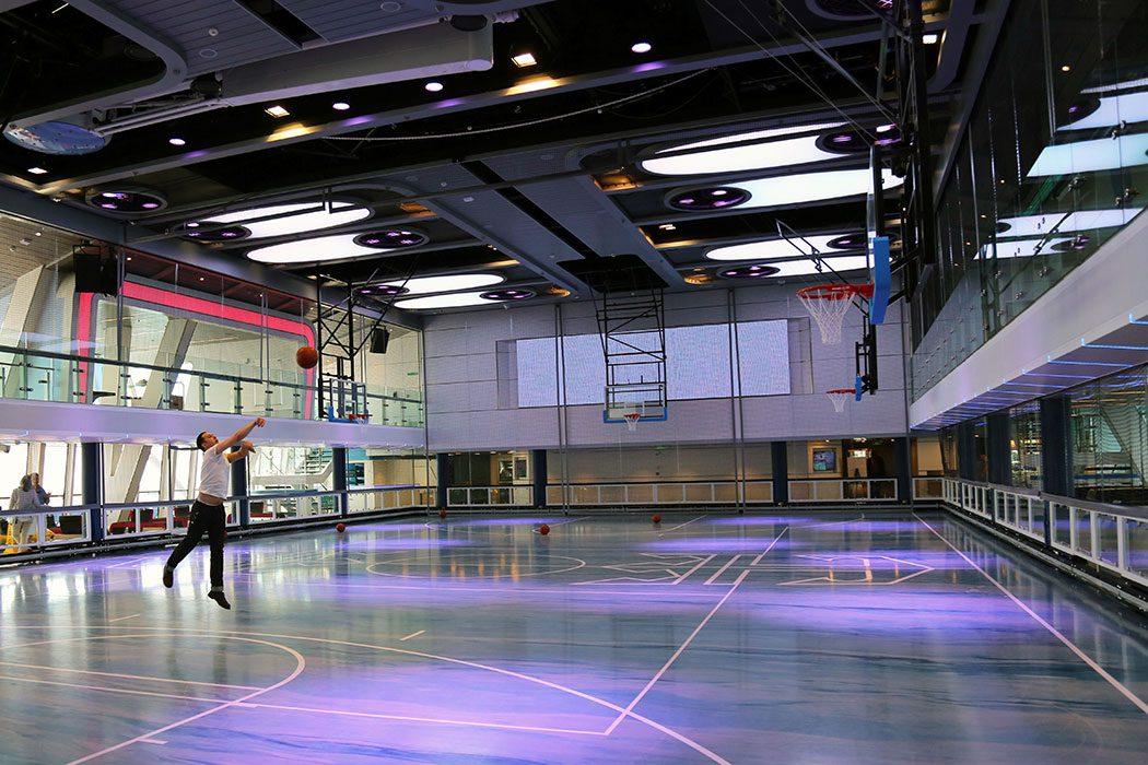 SeaPlex basketball