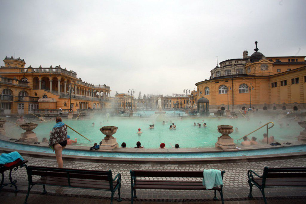 Széchenyi Thermal Bath (Credit: Simon Lee/Flickr)