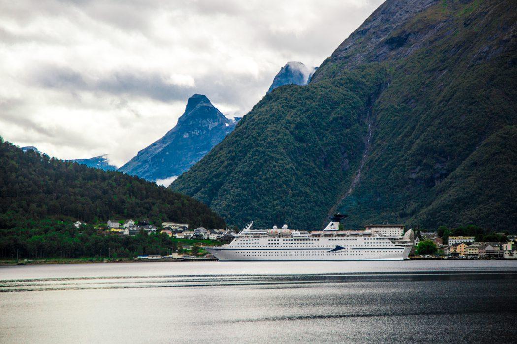 Magellan docked in Åndalsnes