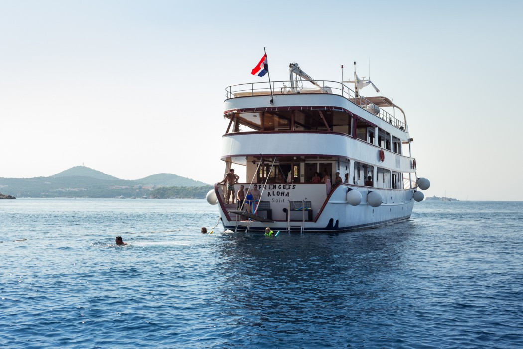 Small Ship Cruising Along Croatias Dalmatian Coast - Small ship cruises for dalmatian coast