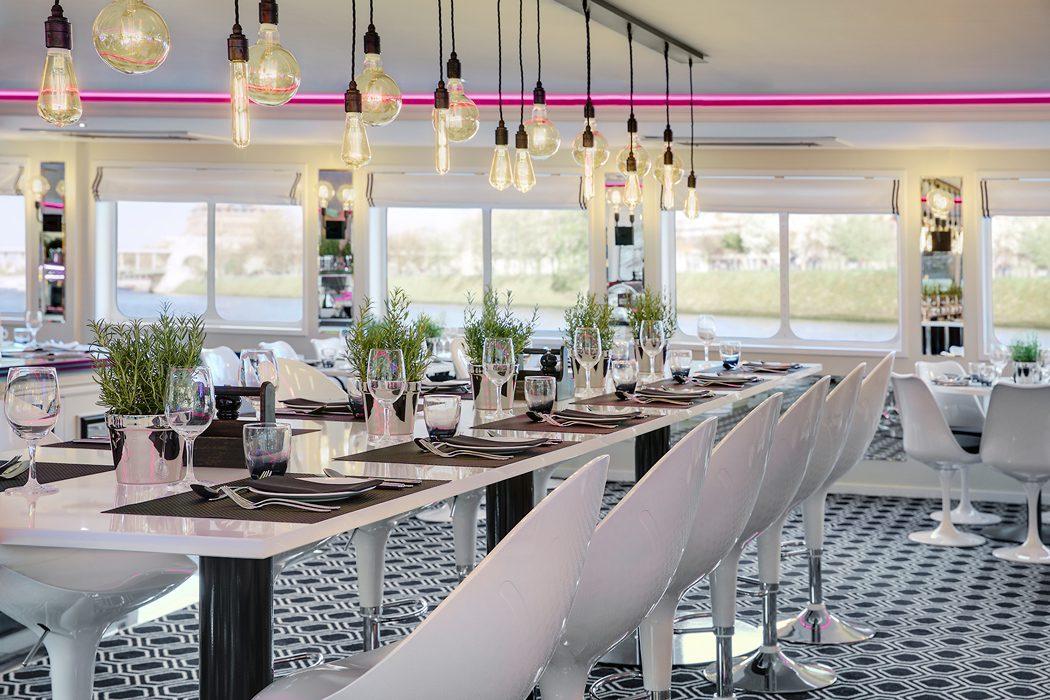 UbyUniworld_TheB_Restaurant