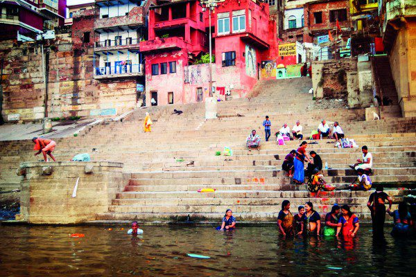 ca Ganges River Stairs Locals-Mel Chau 2014-DSC0409 processed Lg RGB (2)