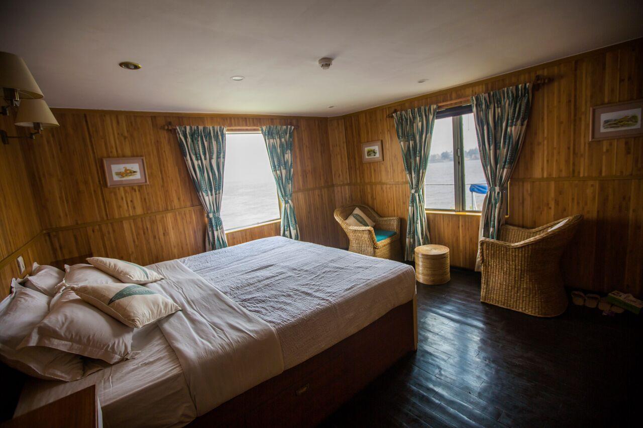 ca India Ganges Riverboat Cabin - 1N9A9680 Lg RGB