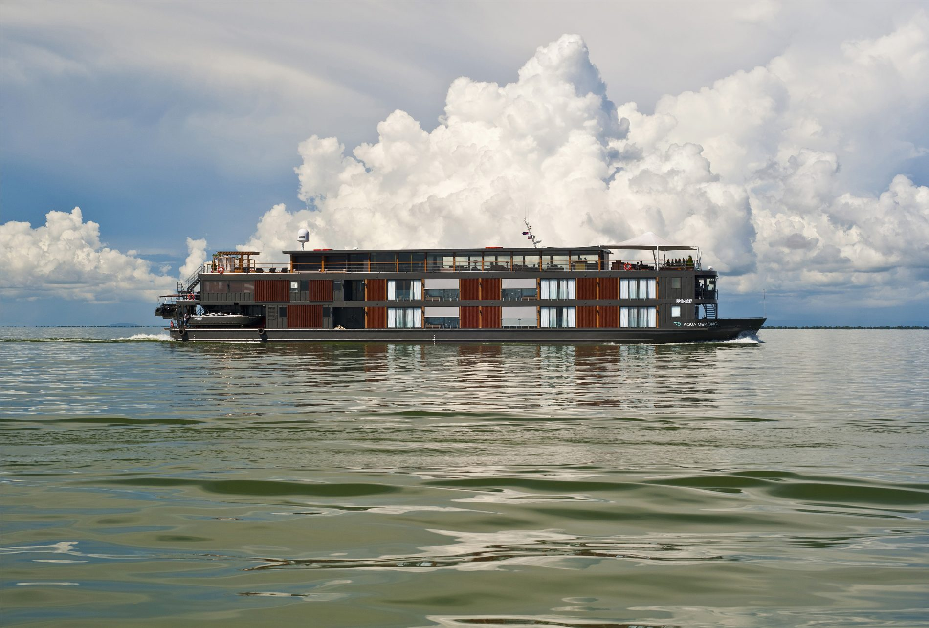 Aqua Mekong Exterior View - High Resolution (4)