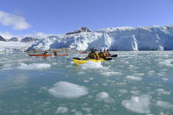 -® Al Bakker- Courtesy of Aurora Expeditions - Kayaking in Spitsbergen (5)